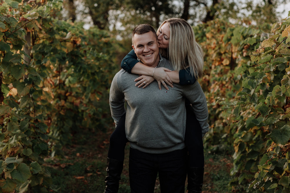 franklin-hills-vineyard-engagement-session-photography