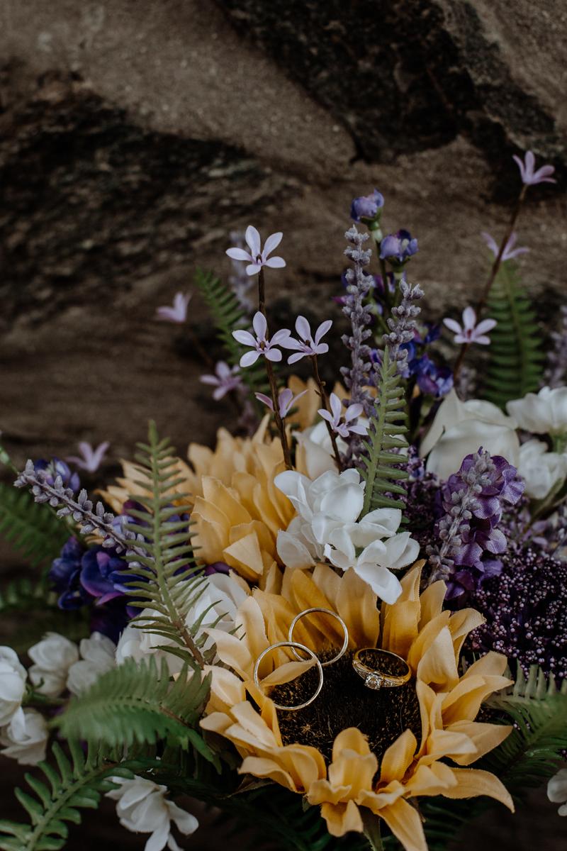 lehigh-valley-wedding-photography-natural-decor