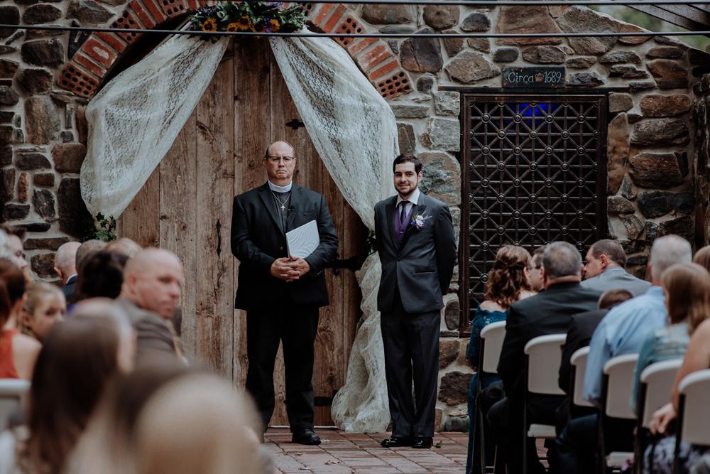 kings-mills-wedding-photographers-groom