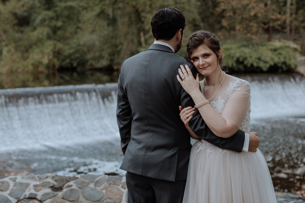 kings-mills-waterfall-wedding-photography