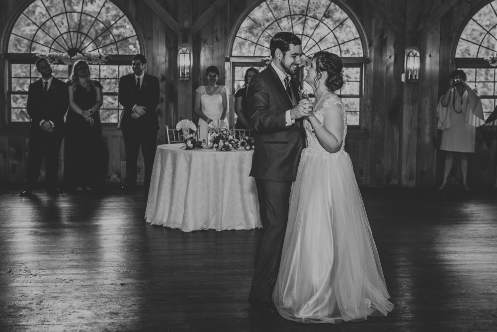 kings-mills-wedding-reception-photography-dance