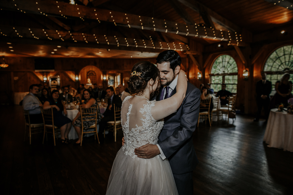 kings-mills-wedding-reception-photography-first-dances