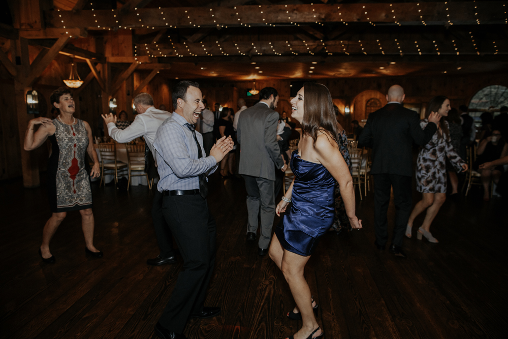 kings-mills-wedding-reception-photography-dancing-2