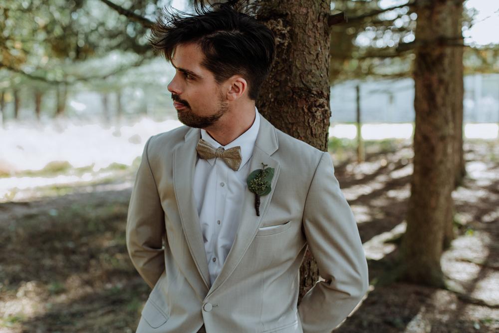 woods-edge-alpaca-farm-wedding-portrait-2017