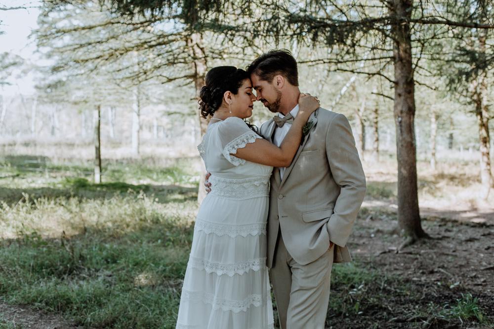 woods-edge-alpaca-farm-wedding-photography-first-look-5