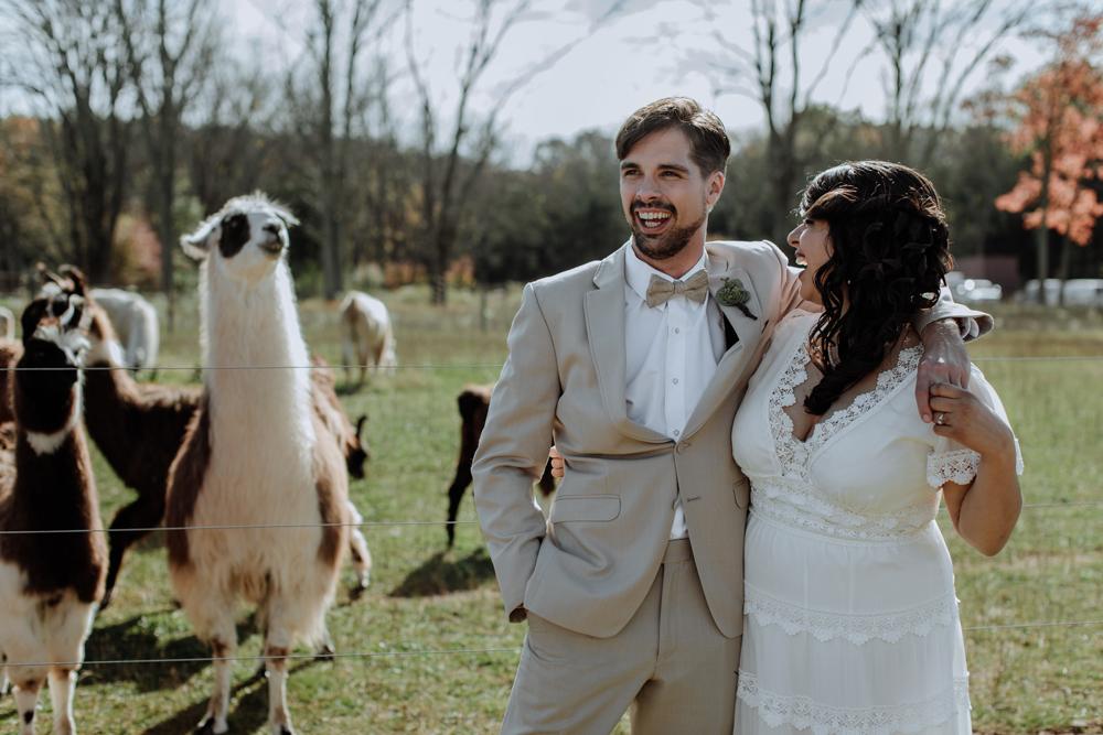 woods-edge-alpaca-farm-wedding-photography