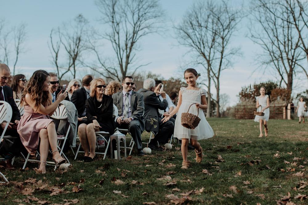 woods-edge-alpaca-farm-wedding-photography-flower-girl