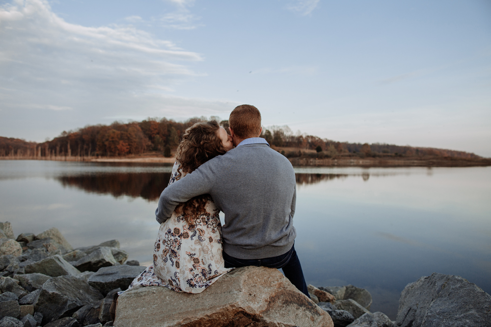 lehigh-valley-photographer-merrill-creek-reservoir-engagement-session-photography
