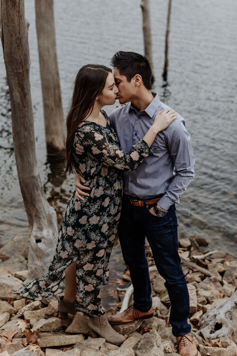 merrill-creek-reservoir-new-jersey-engagement-photography-7