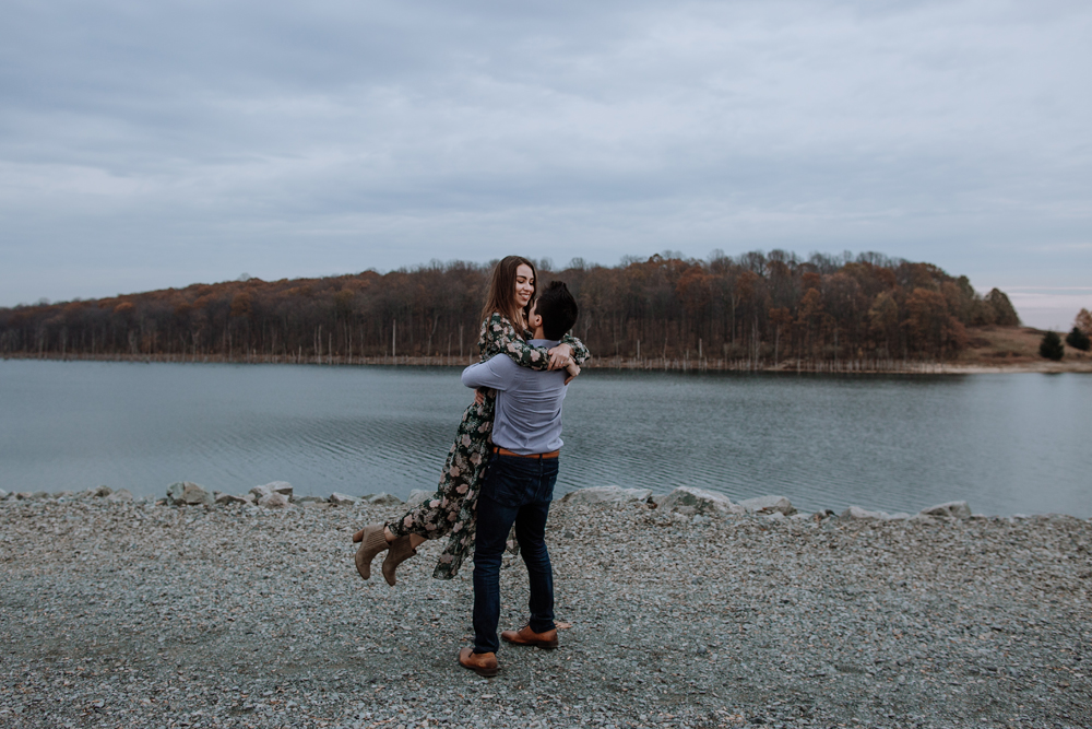 lehigh-valley-photography-merrill-creek-reservoir-engagement-session-dancing