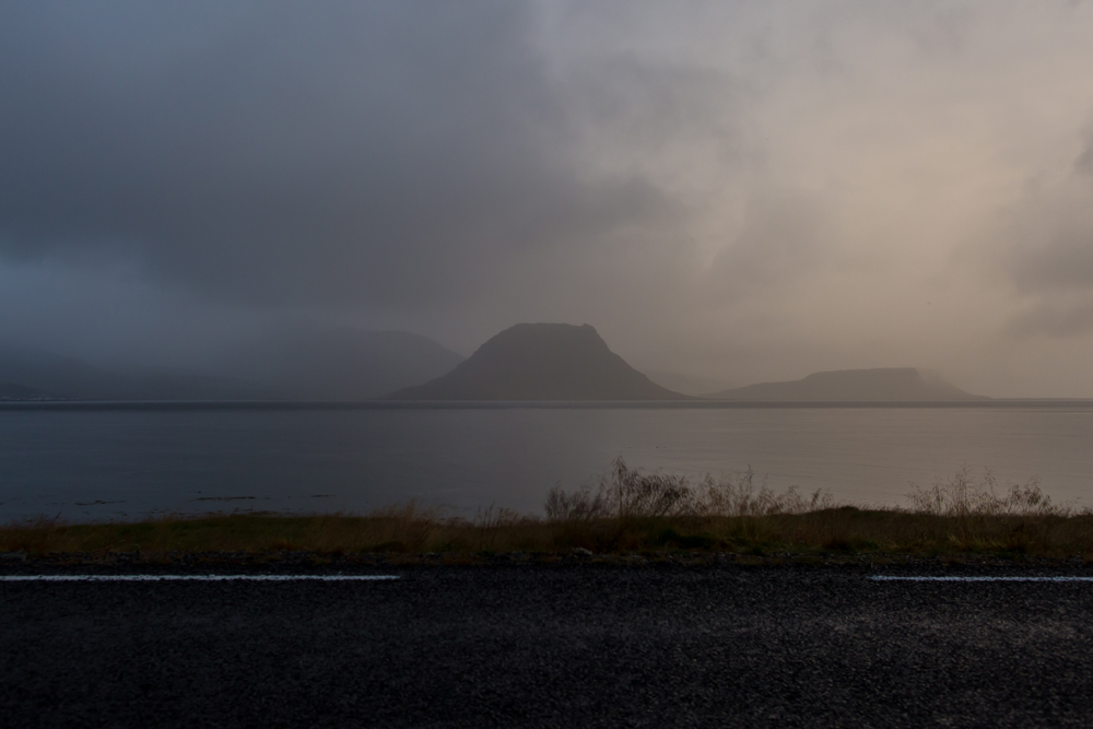 setberg-campsite-iceland-campervan-travel-kirkjufell-sunset