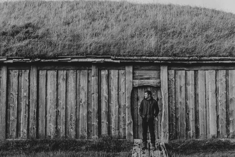 hand-and-arrow-photography-co-iceland-vetrahorn-viking-set