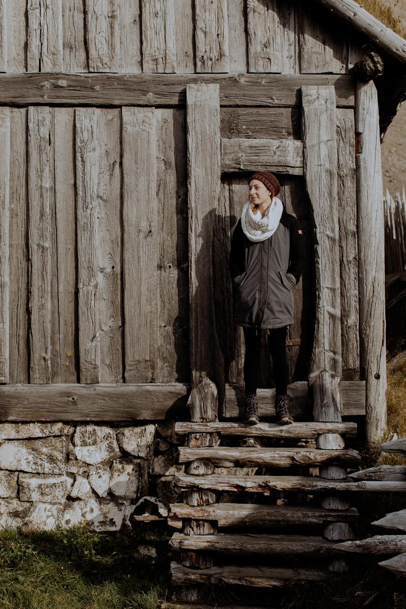 viking-movie-set-skaftafell-peninsula-iceland-travel
