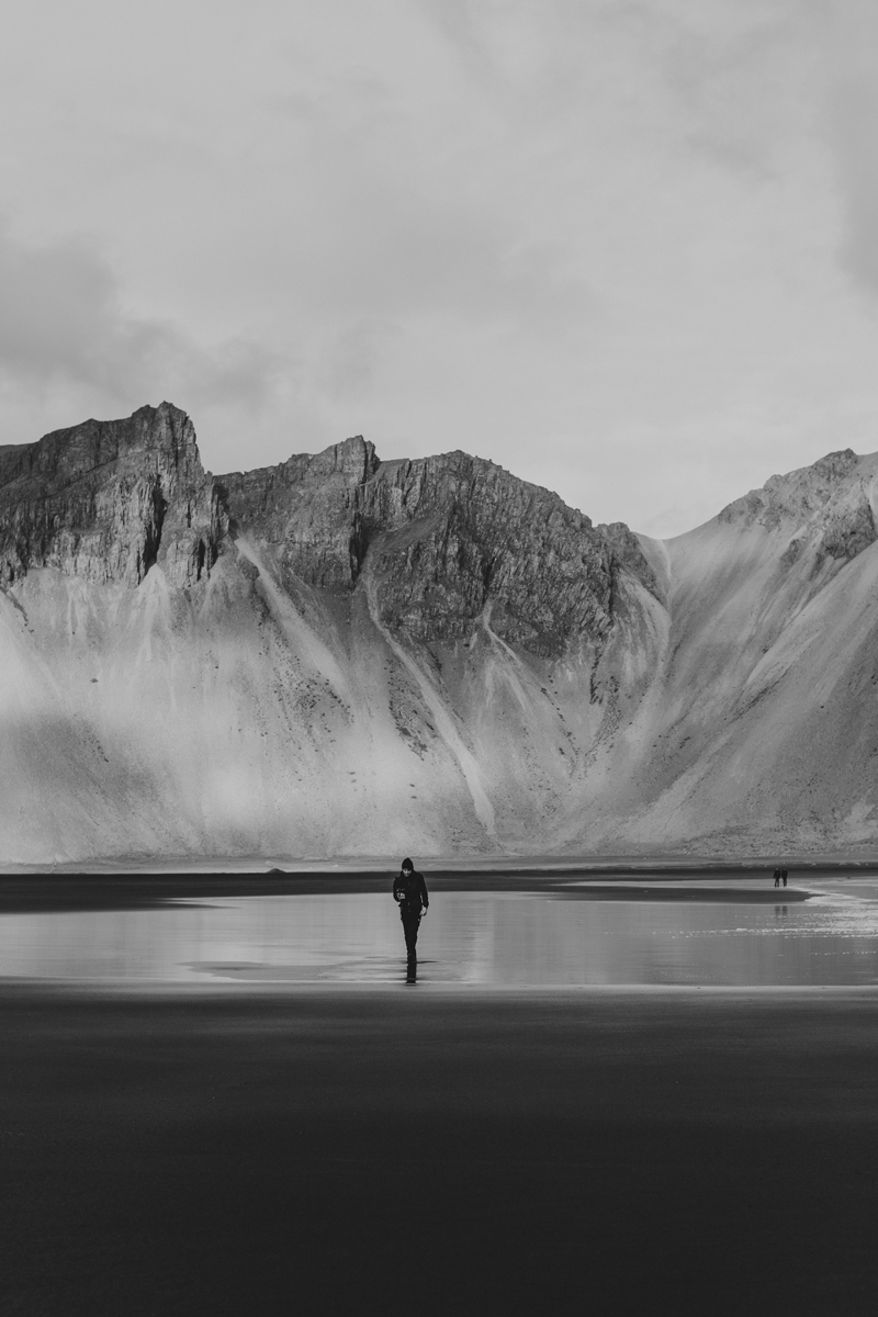vetrahorn-black-and-white-landscape