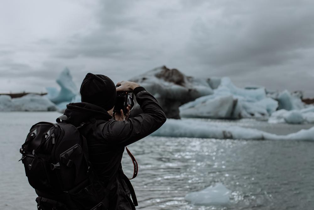 photographing-jokulsarlon-glacial-lagoon-iceland-travel