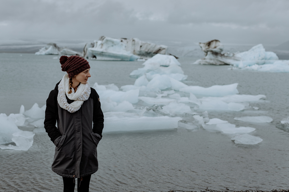 photographing-jokulsarlon-glacial-lagoon-iceland-travel-portrait-2