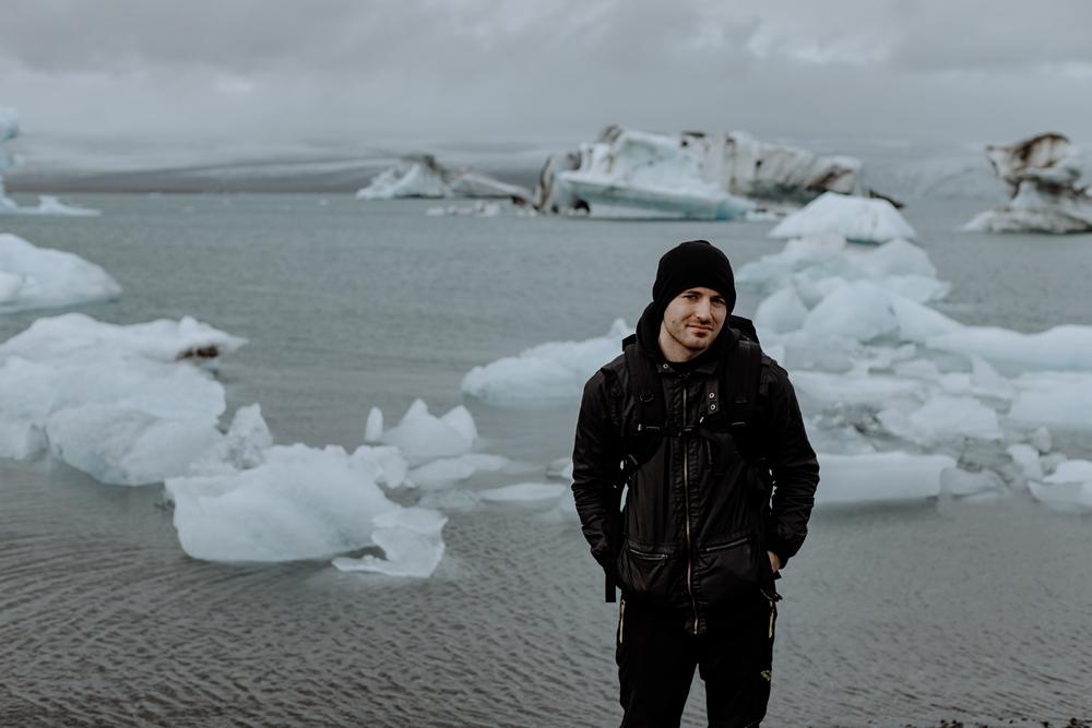 hand-and-arrow-photography-co-destination-photographers-iceland-travel