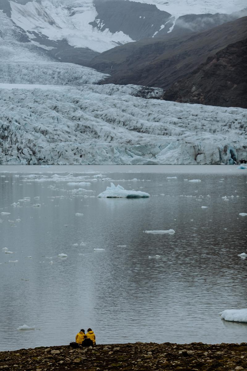 glacier-engagement-session-iceland-travel-photographers