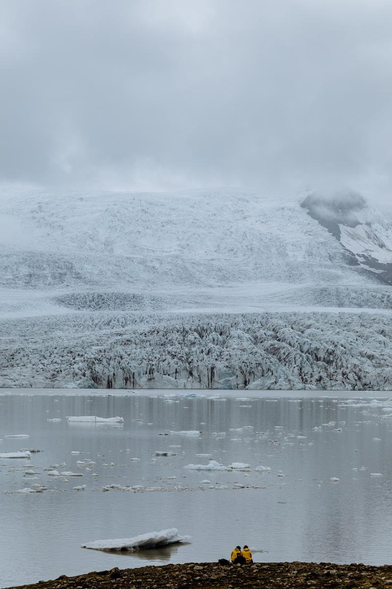 iceland-engagement-session-photography
