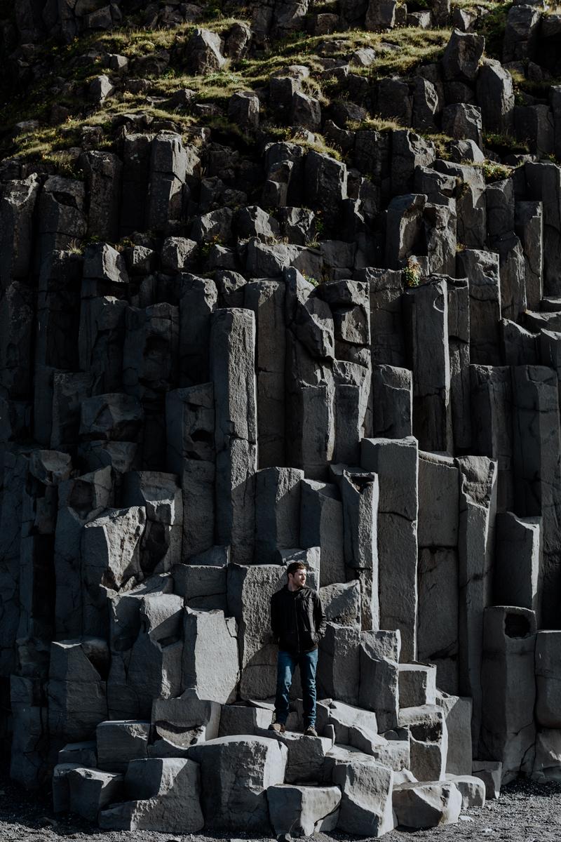 reynifjara-black-sand-beach-iceland-basalt-columns