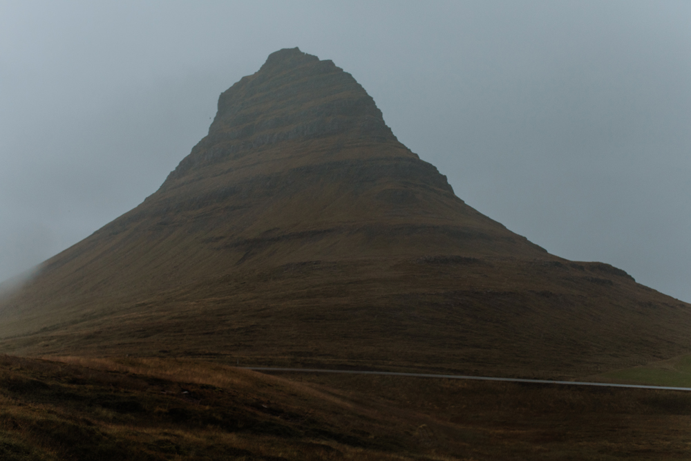 "The mountain ""shaped like an arrow head"" -  Kirkjufell  - as seen in GOT!"