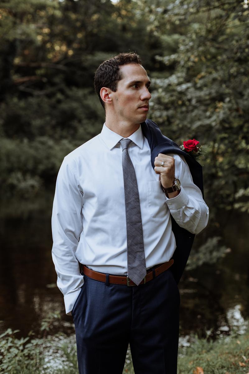 lehigh-valley-style-wedding-photographer-groom
