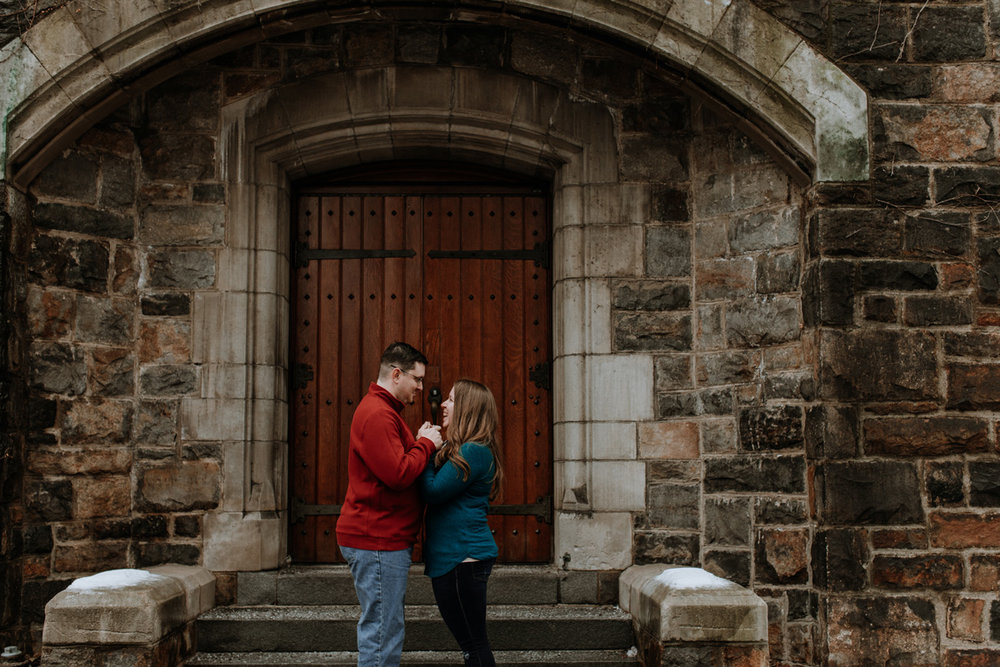 local-lehigh-valley-university-engagement-photographer