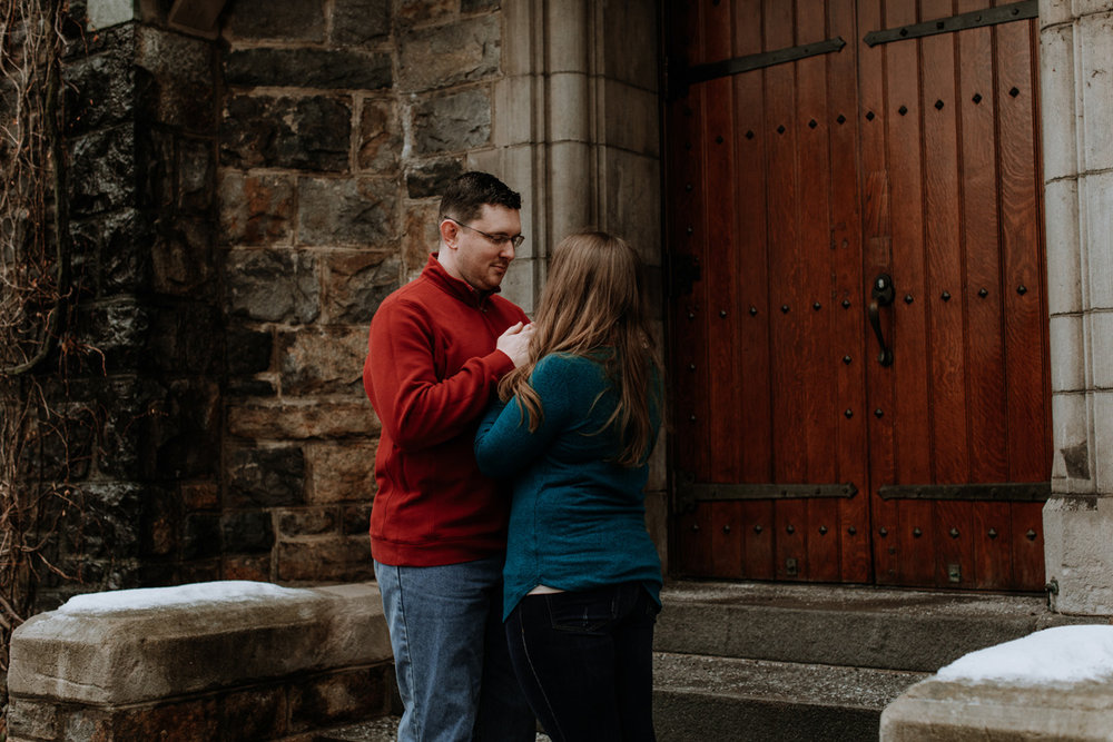local-lehigh-valley-university-engagement-photographer-2