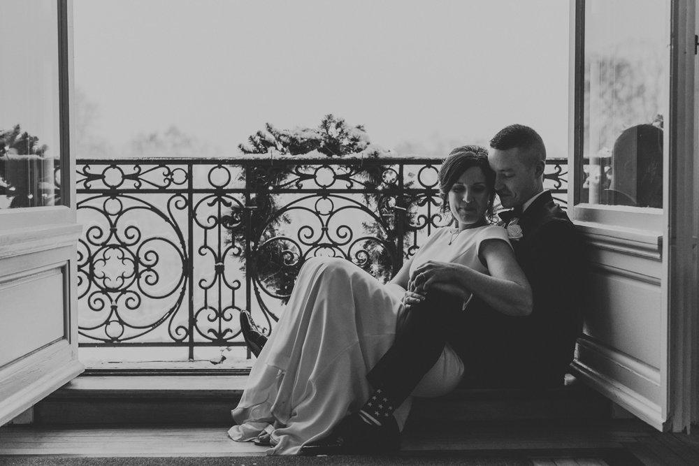 essential-equipment-for-wedding-photographers