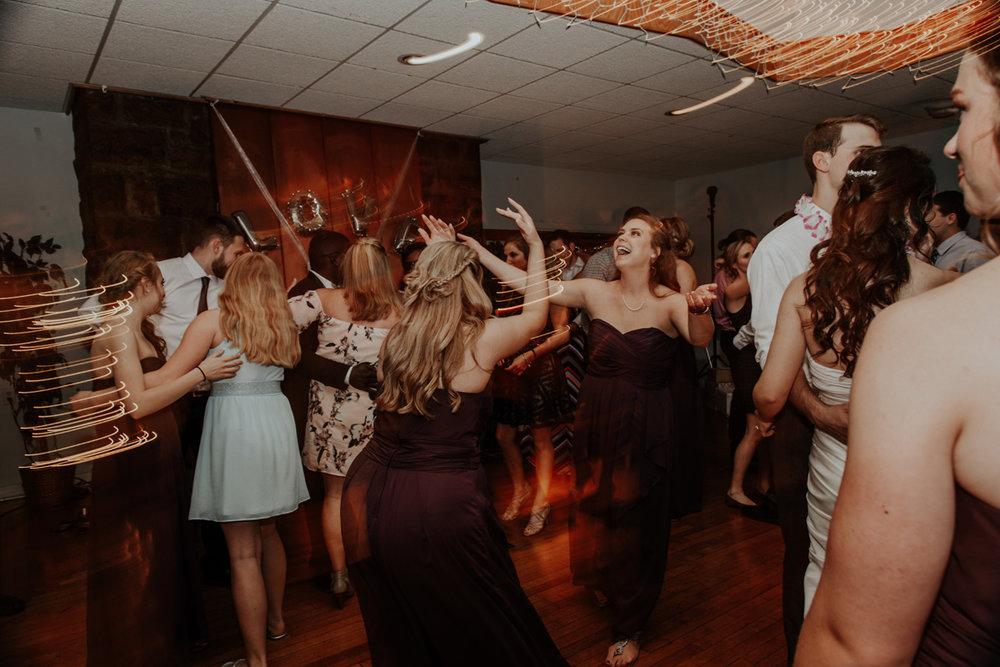 lehigh-valley-wedding-photographer-indian-hills-golf-club-dance-candid