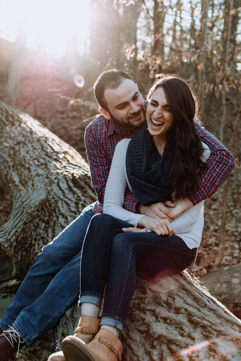 green-lane-park-lehigh-valley-engagement-session-photography-moments
