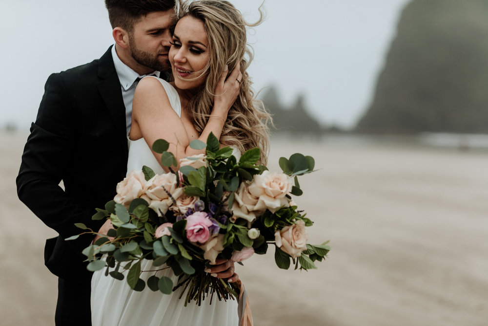 cannon-beach-styled-wedding-photography