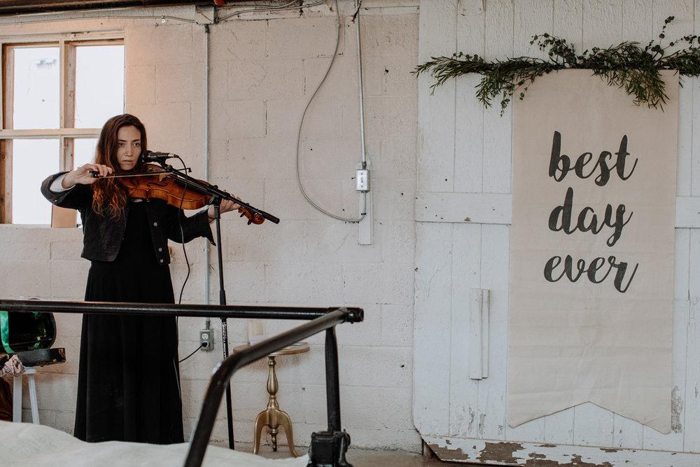 gilbertsville-farmhouse-sage-bridal-experience-viola