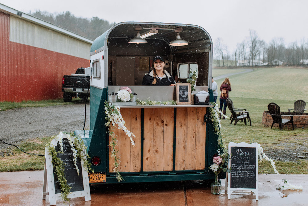 gilbertsville-farmhouse-sage-luxe-bridal-show-2018