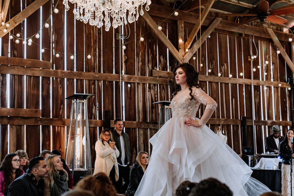 gilbertsville-farmhouse-sage-luxe-bridal-show-2018-fashion-shows