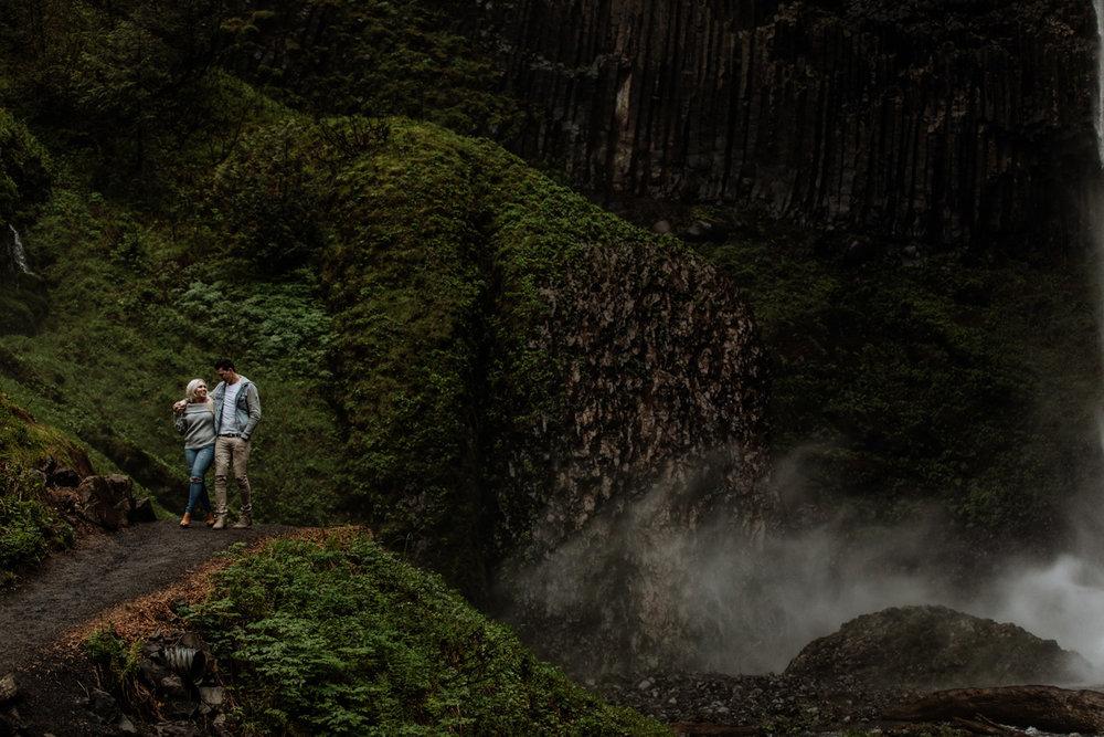 portland-engagement-photography-lataural-falls-walking