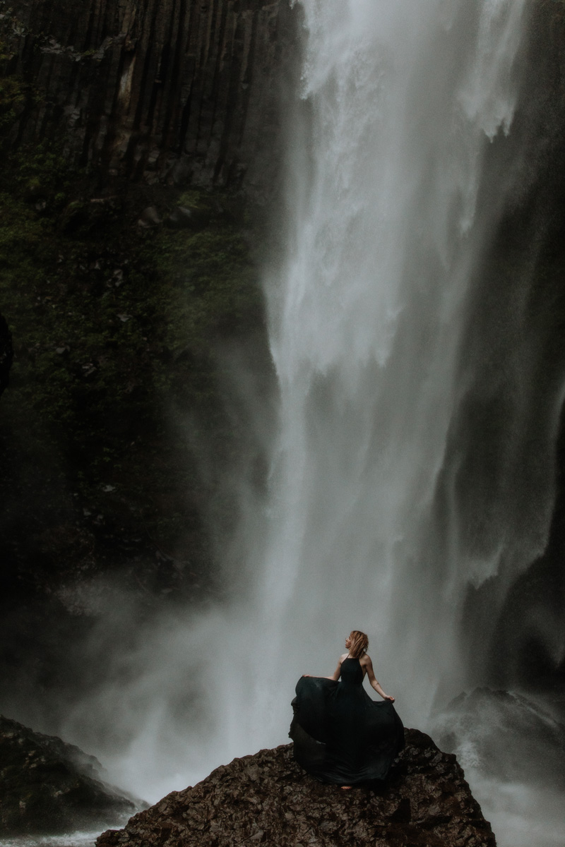 best-travel-portrait-photography-latoural-falls-model-2