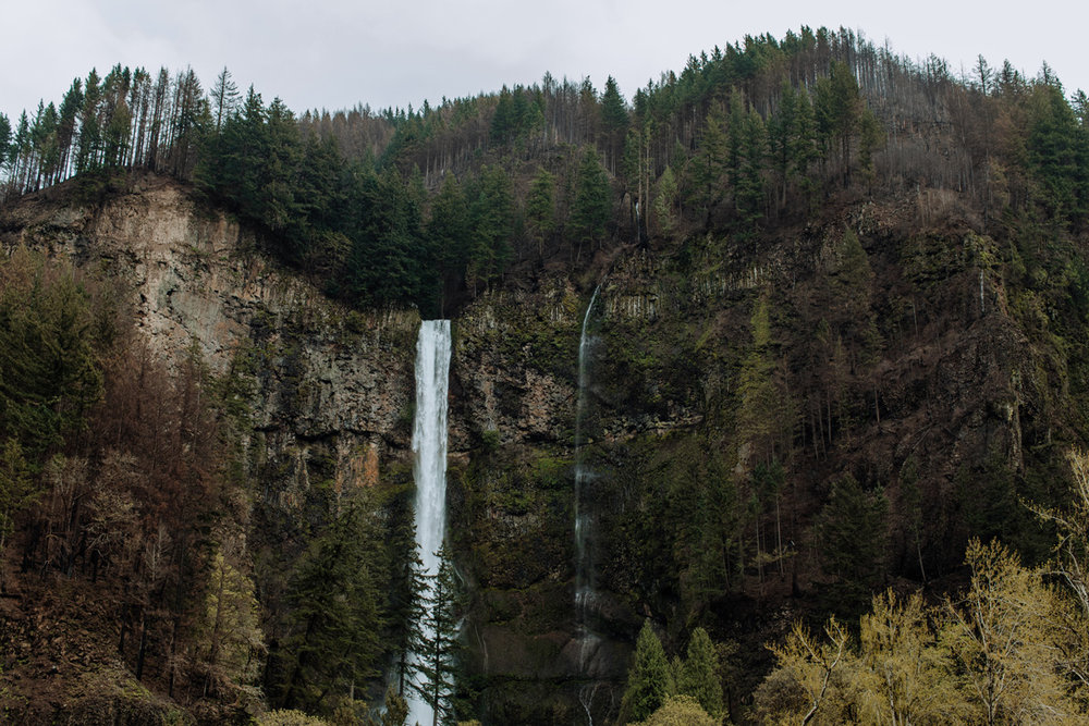 multnomah-falls-oregon-photography-landscape-abstract