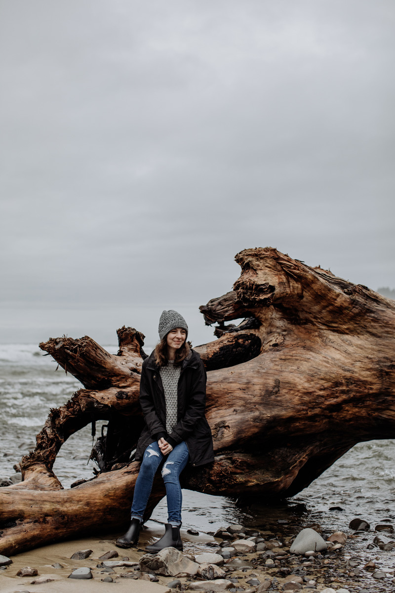 oregon-travel-photographers-oswald-state-park-beach-portrait