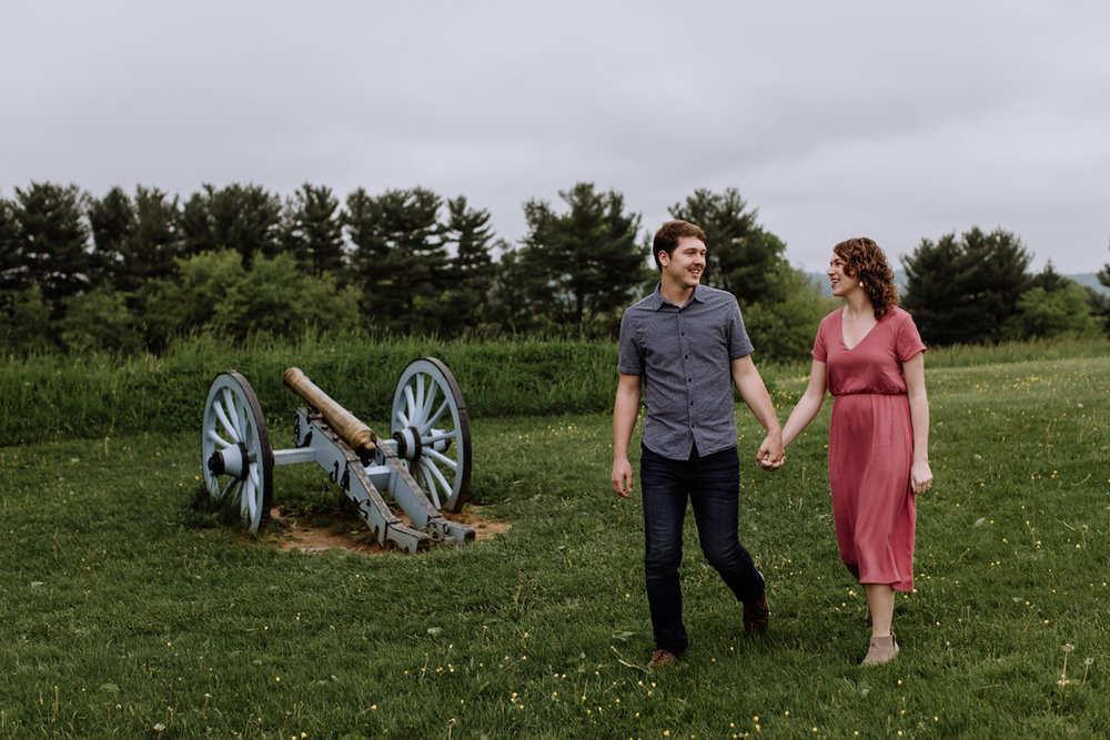 valley-forge-pa-engagement-session-photography