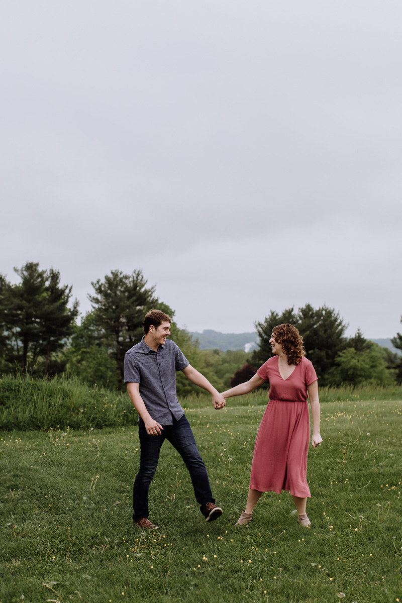 valley-forge-pa-engagement-session-photography-2