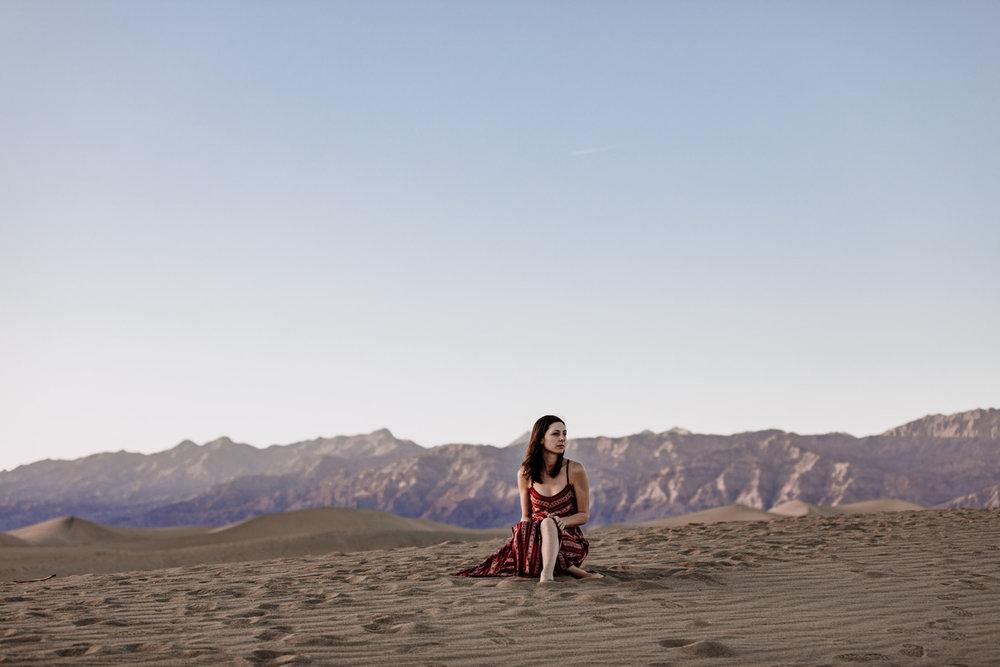 death-valley-national-park-sand-dunes-portrait-2