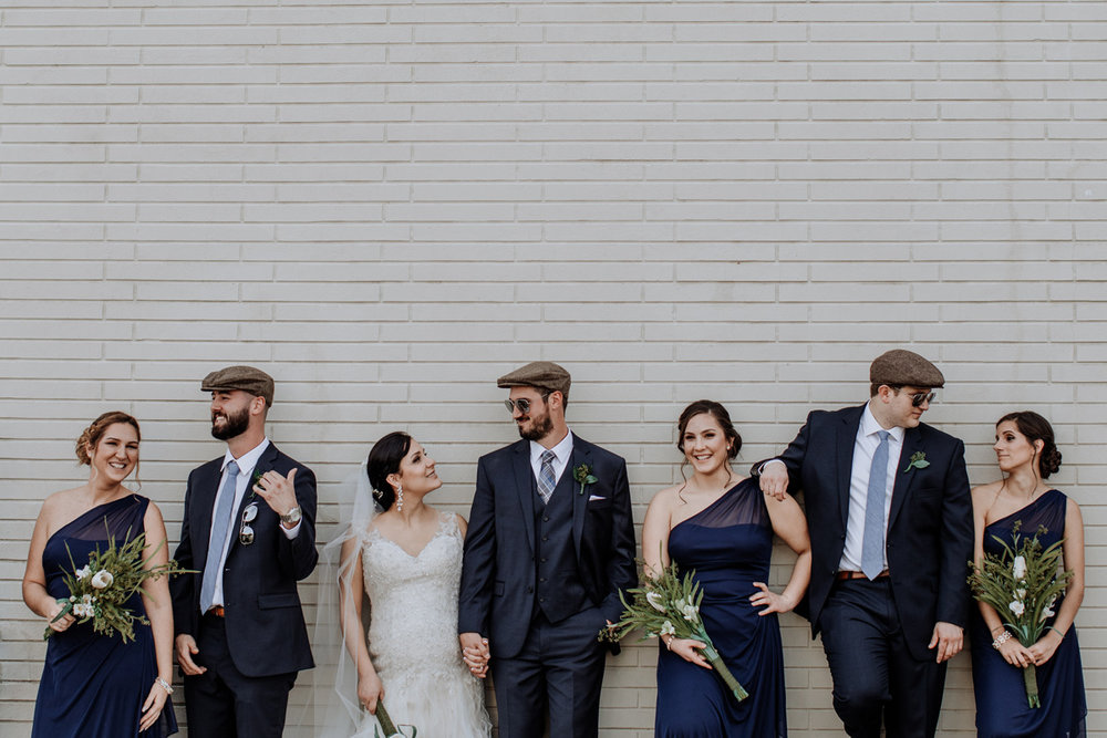 bridal-party-canon-5d-mark-iv-camera-settings
