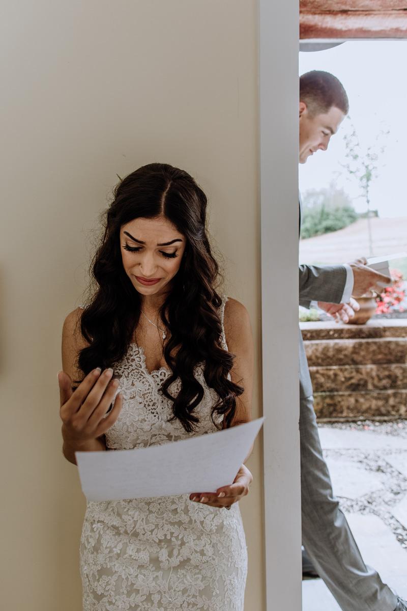 barn-swallow-farm-wedding-photography-first-look-5