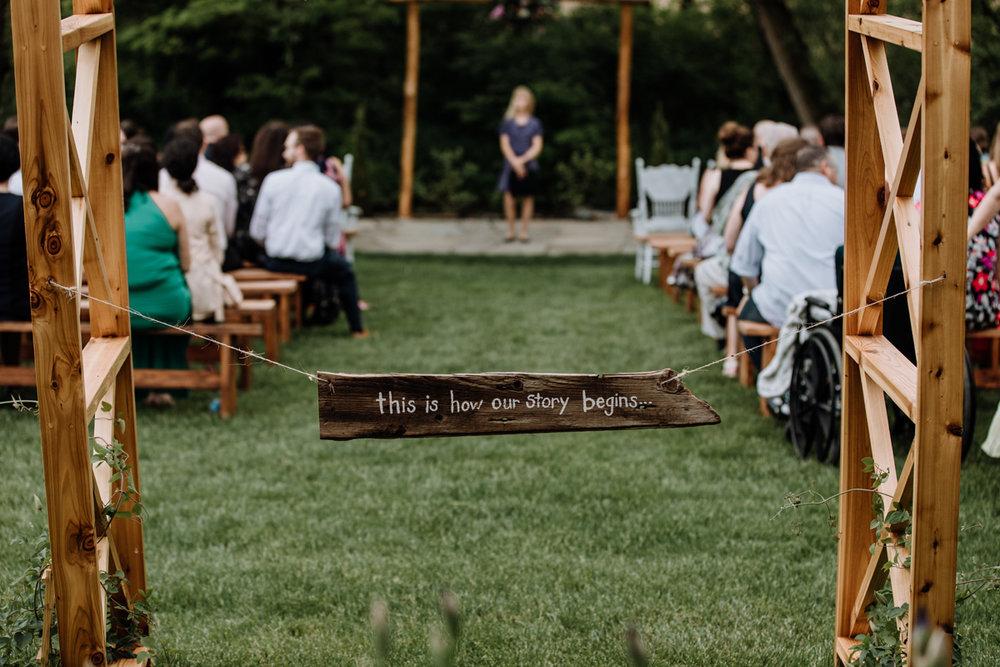 barn-swallow-farm-wedding-photographers