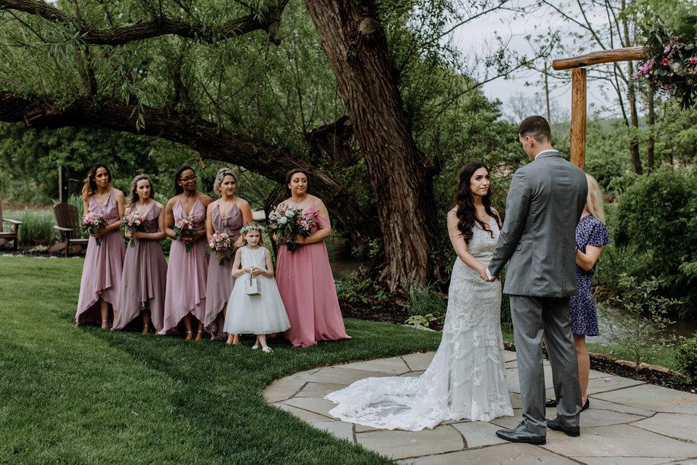 barn-swallow-farm-lehigh-valley-wedding-photographers-9
