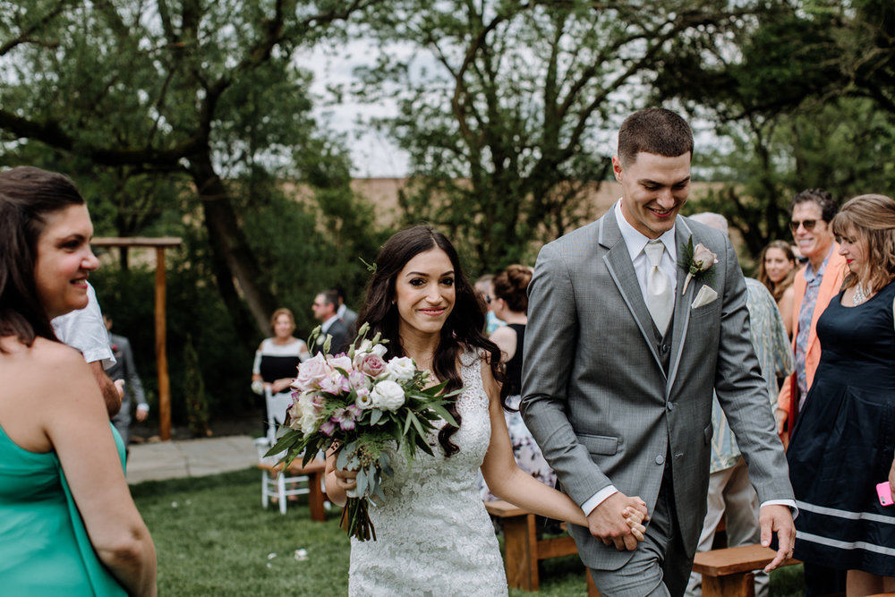 barn-swallow-farm-lehigh-valley-wedding-photographer-2