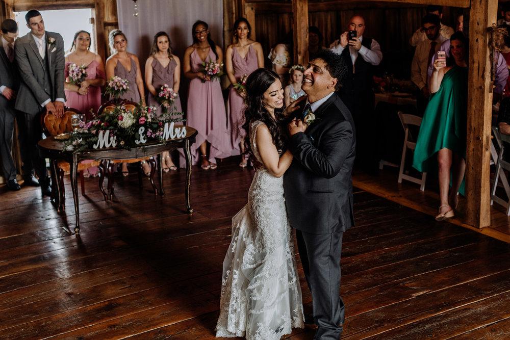 lehigh-valley-photographers-barn-swallow-farm-first-dance-dad