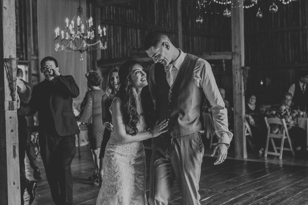 lehigh-valley-photographers-northampton-pa-wedding-love