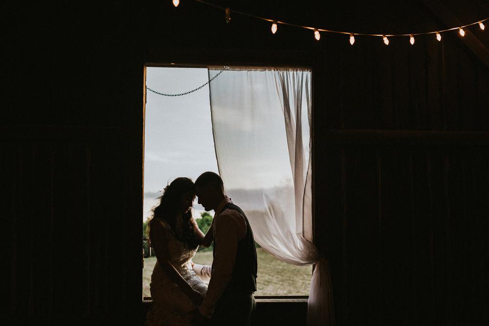 philadelphia-wedding-photographers-barn-swallow-farm-4